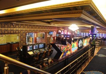 Чуждите играчи предпочитат Nymphes Princess Casino в Свиленград